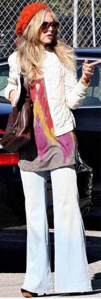 джинсы клеш в стиле 70-х