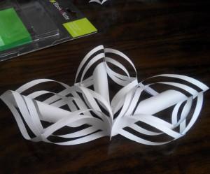 как сделать бумажную снежинку