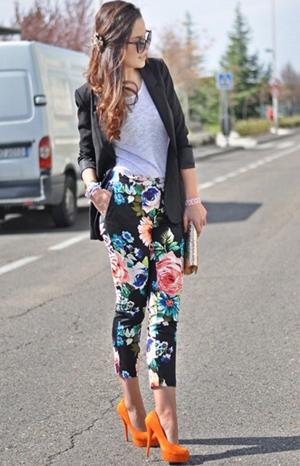 брюки с цветами